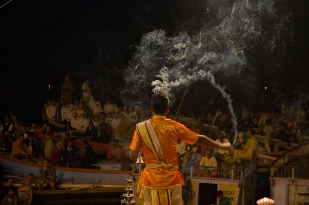 Puja em Varanasi