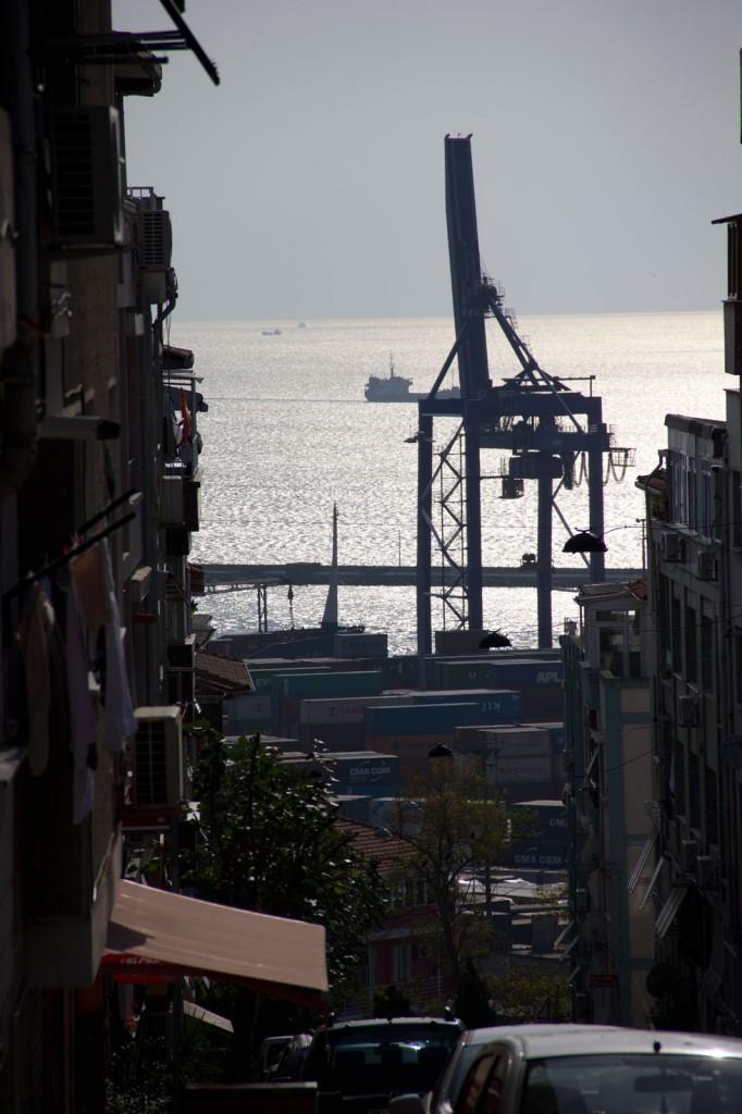 Rua em Kadiköy, que leva para o porto