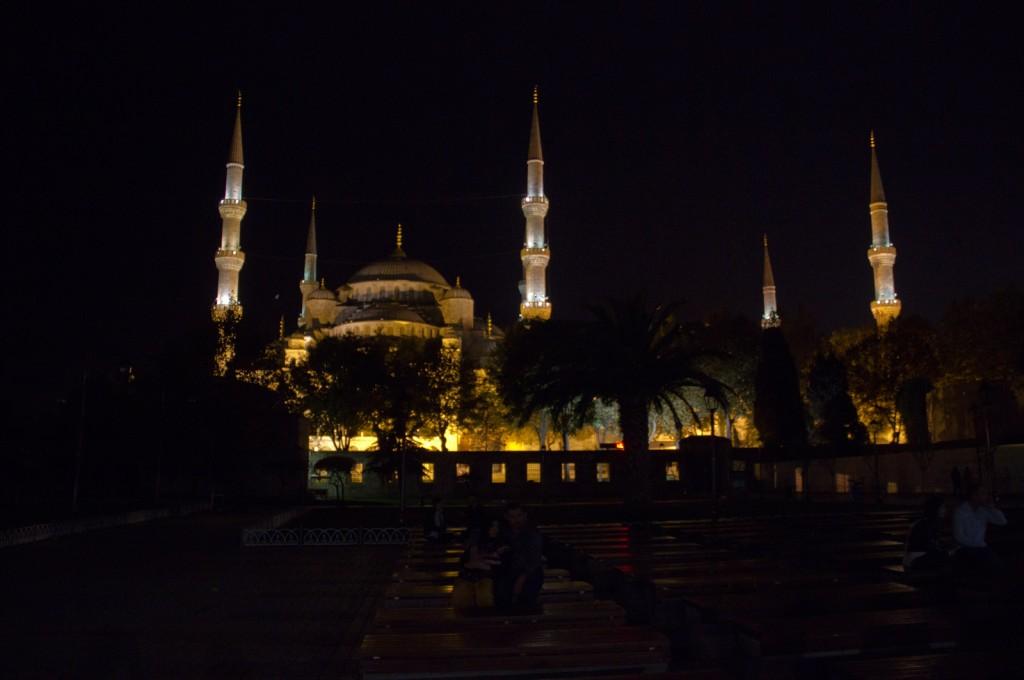 Mesquita Azul a noite