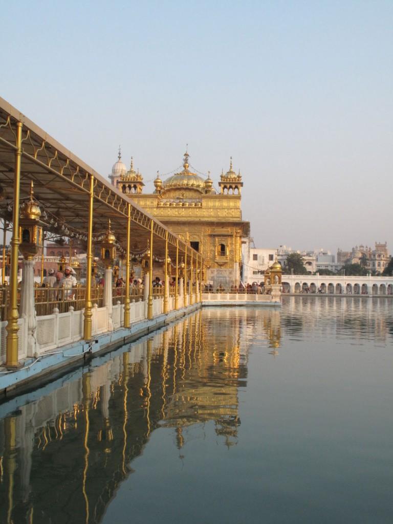 Entrada principal do Golden Temple