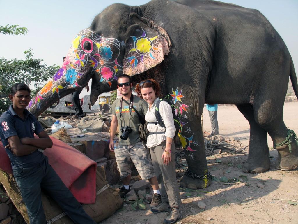 Tirando uma foto com o elefante
