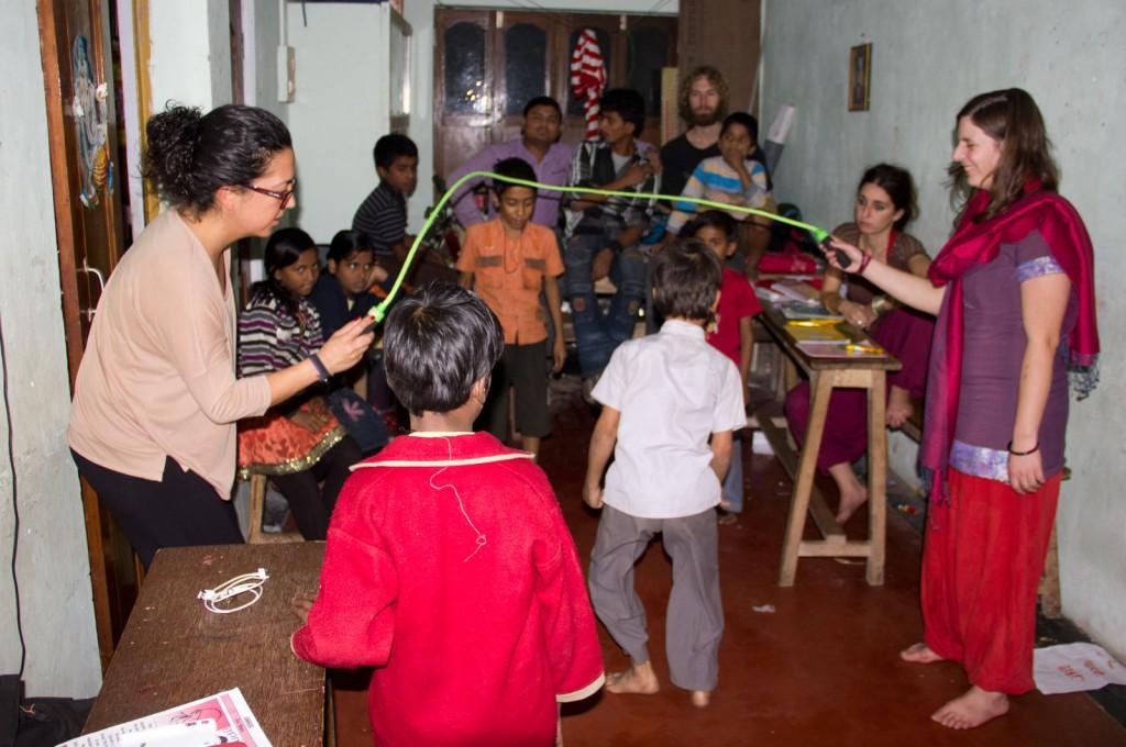 Criancas brincando