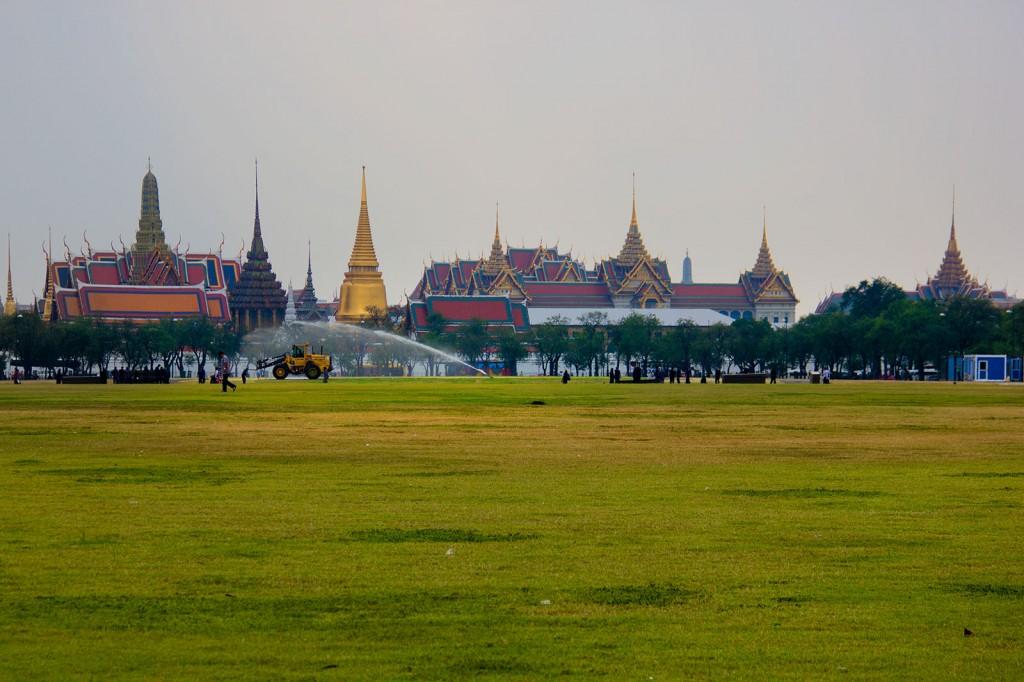 Grand Palace visto da rua
