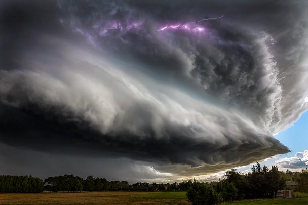 Thunderstruck. Foto David Hardy